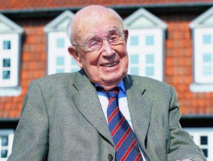 founder Prof. Dr. Fritz Sennheiser